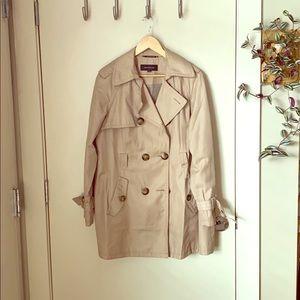 Jones New York Size L Trench Coat